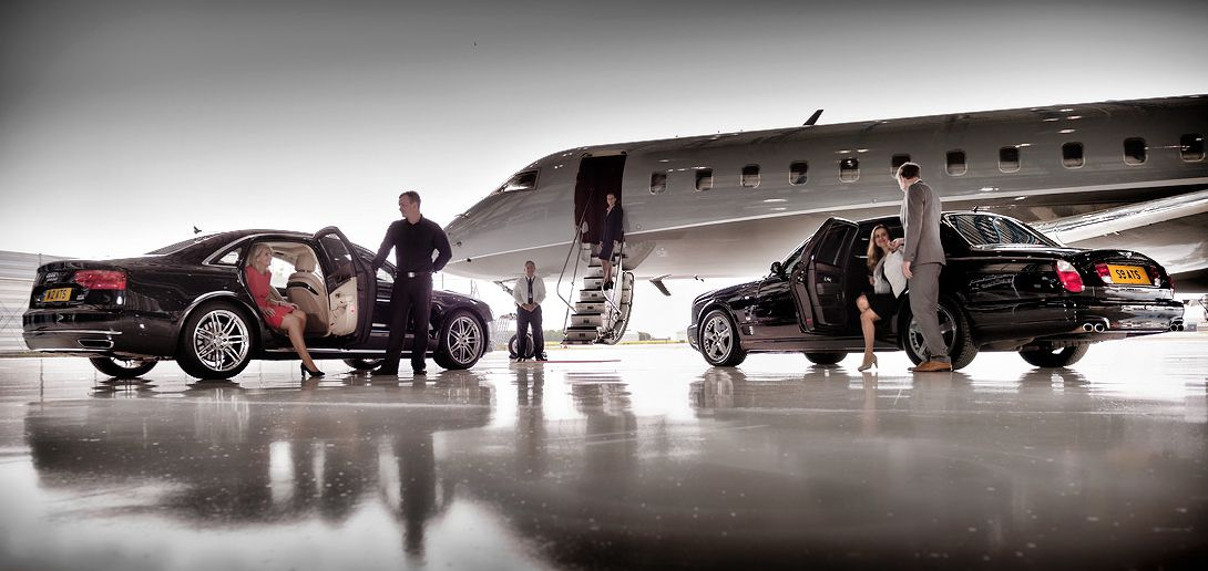 Our airport limo are always on time and ready to safely