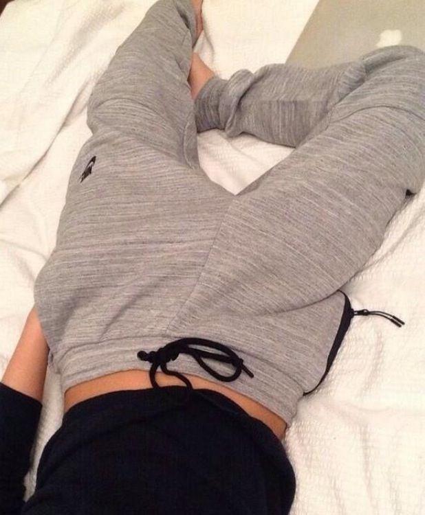 Skinny yet slouchy sweatpants