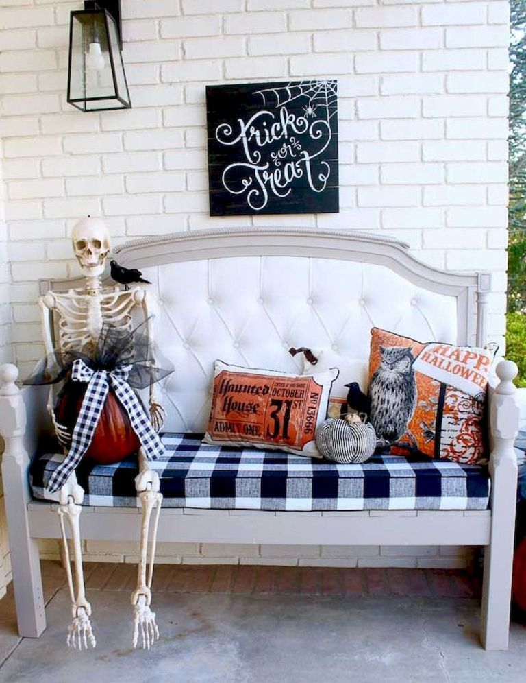 Diy halloween home decor ideas (73) Halloween stuff in 2018