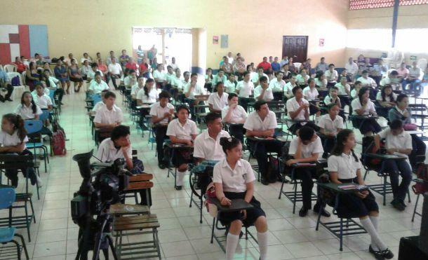 Mined realiza Olimpiadas de Matemáticas - Canal 4 Nicaragua