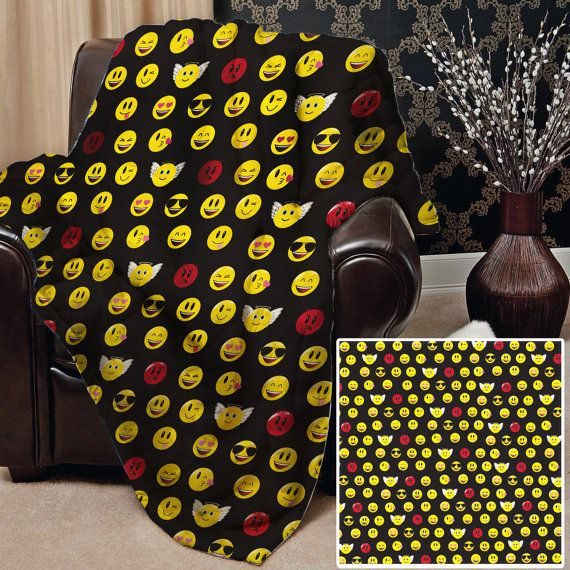 All Over Emoji Design Soft Fleece Blanket Cover Throw Over Sofa Bed Blanket