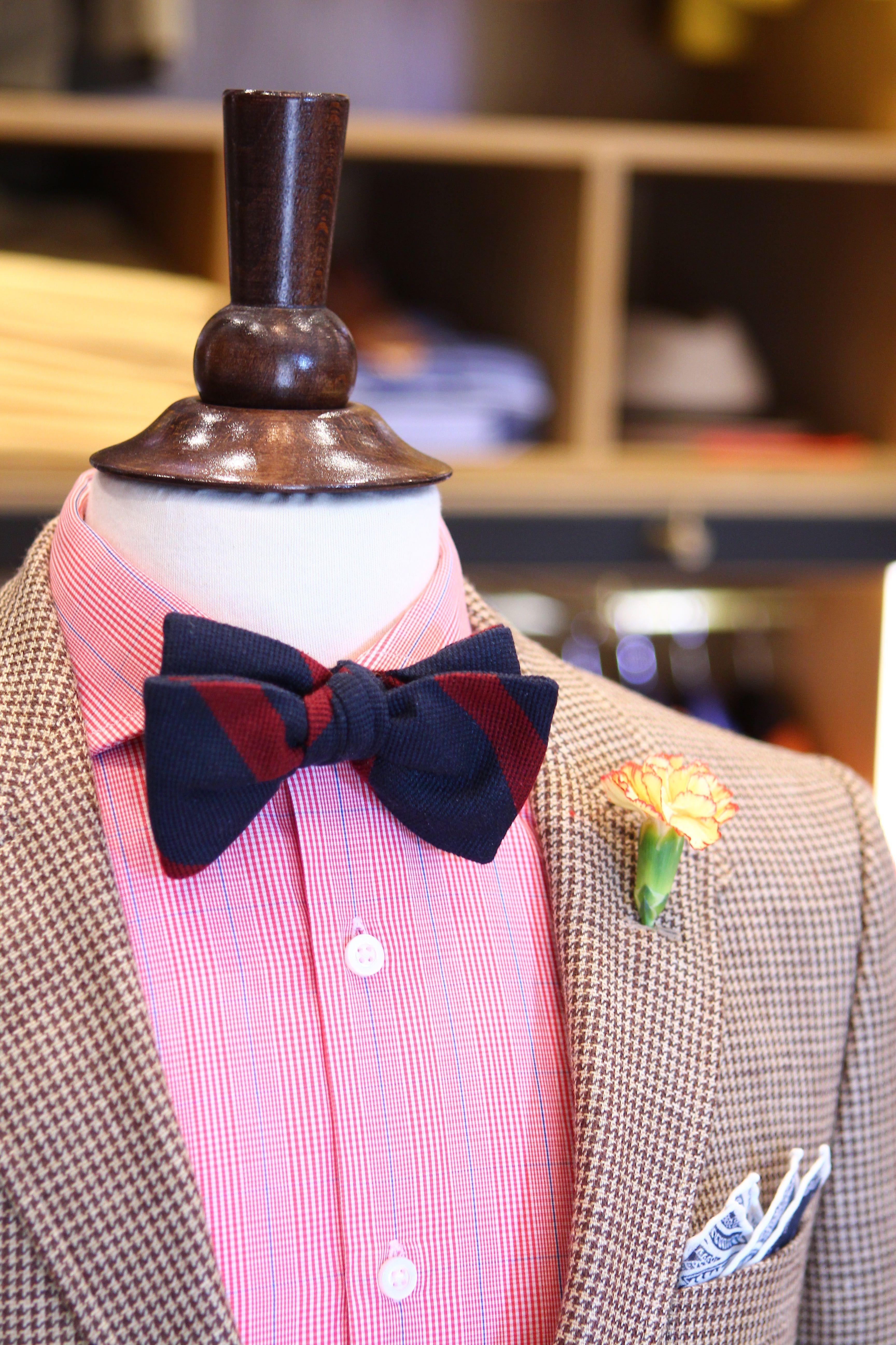 Beige Tweed Jacket Pink Glen Plaid Shirt Navy Bow Tie With Red Stripe