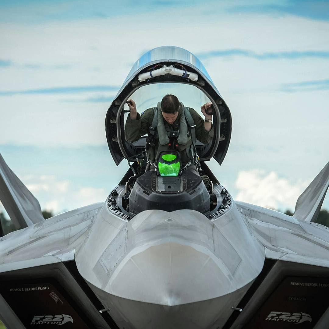 An F-22 pilot from the 95th Fighter Squadron based out of ... Usaf Fighter Pilot F 22