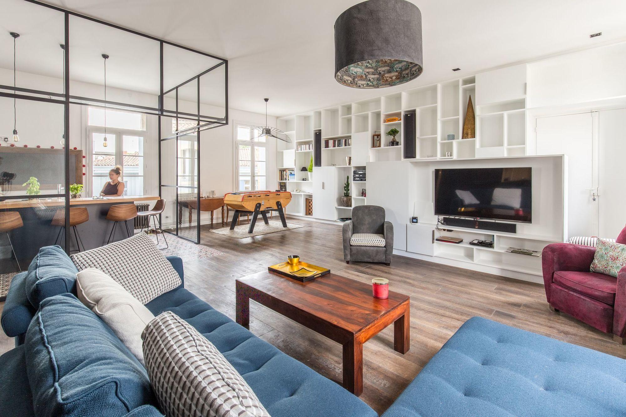 Appartement Montpellier Centre 150 M2 Modernises Pour Une Famille En 2020 Decoration Appartement Appartement Appartement Salon
