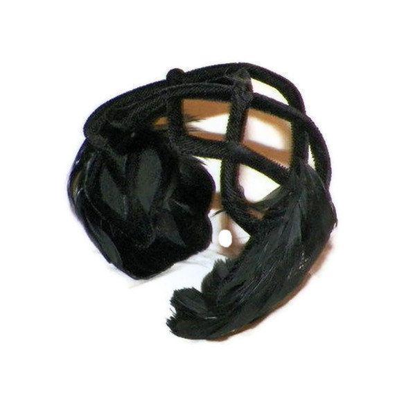 Vintage Black Feathers Retro Ladies Hat 1950s by oldpearlsandlace, $26.99
