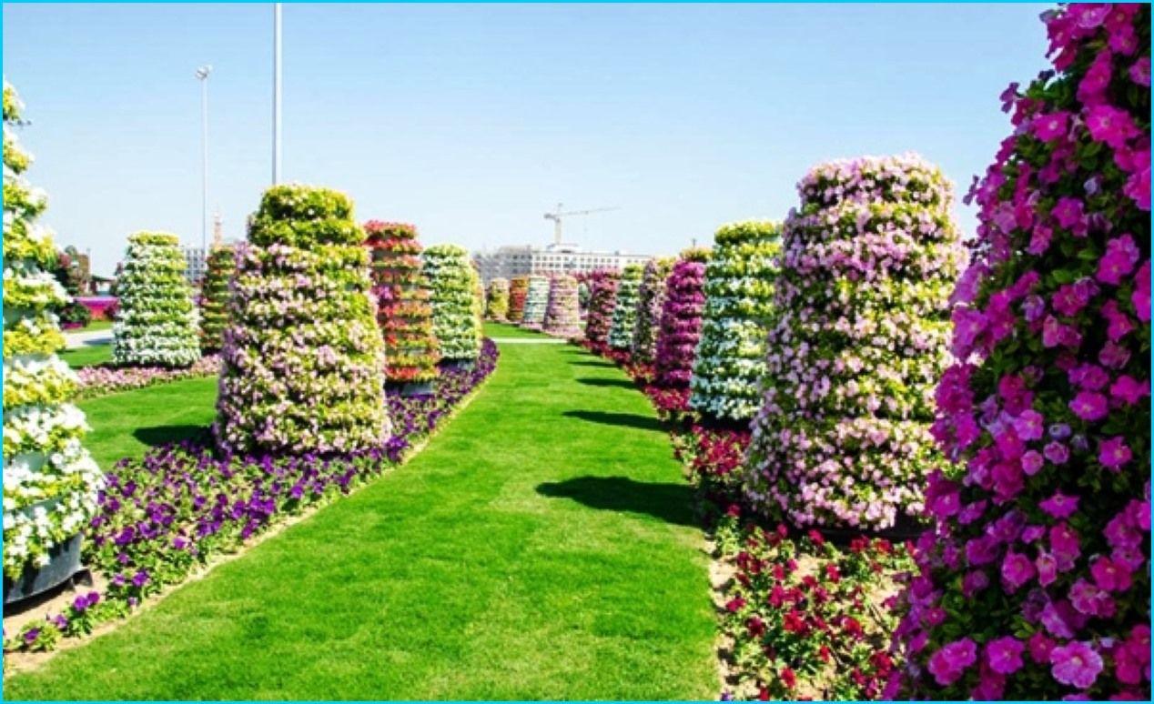 Beautiful flower garden of the world designs homebuilddesigns beautiful flower garden of the world designs izmirmasajfo