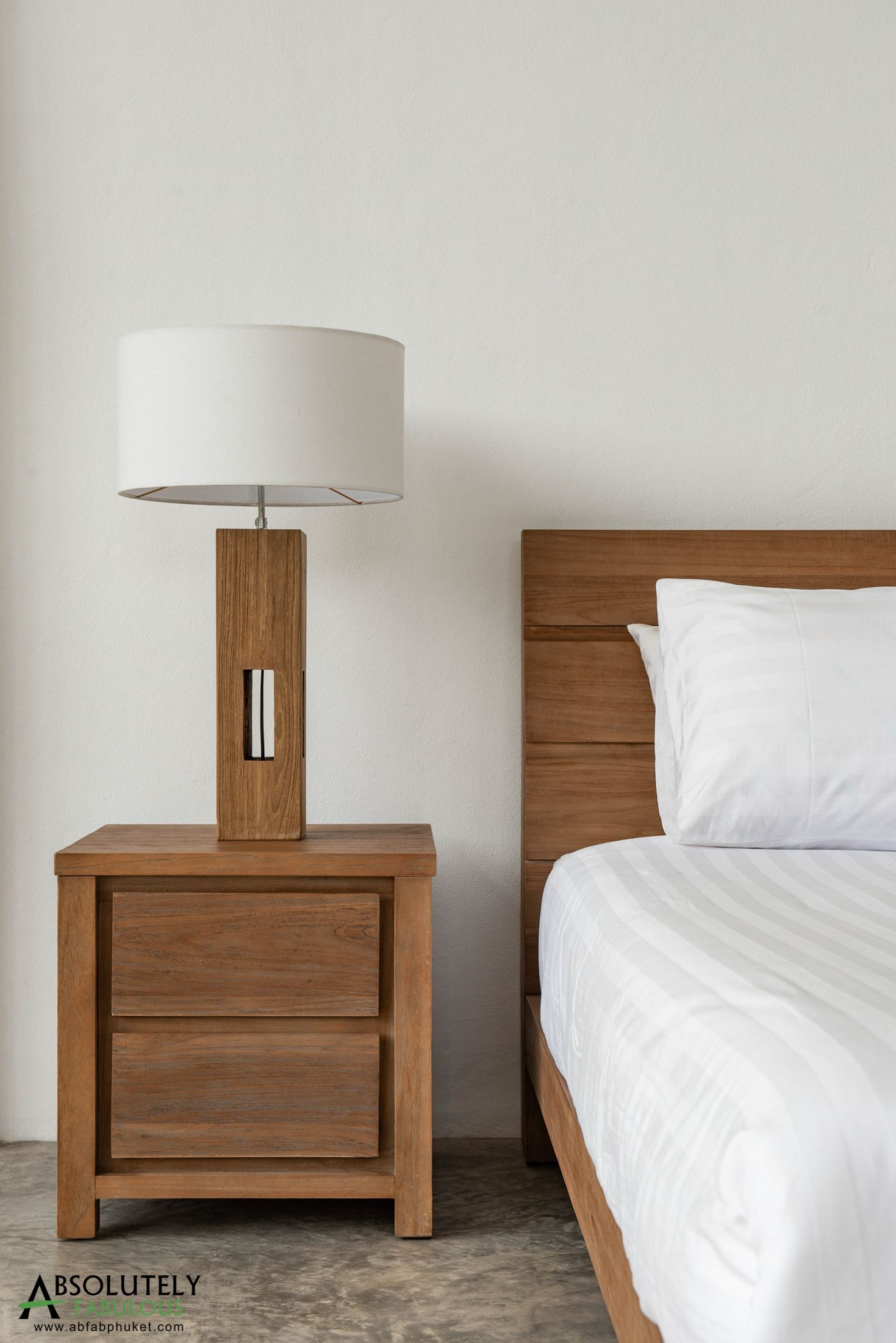 Beautiful Bedside Tables To Perfectly Match Your Teak Wood