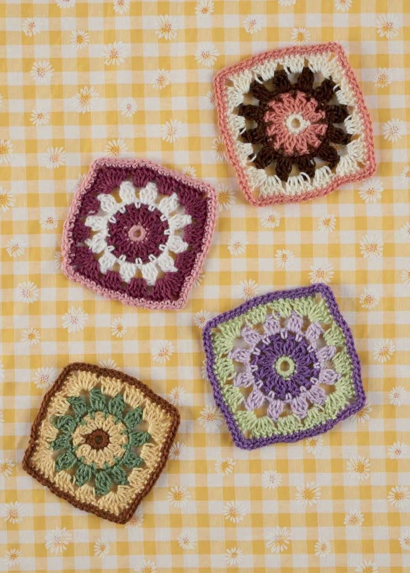 Book review: Crocheted Granny Squares by Val Pierce with excerpted ...
