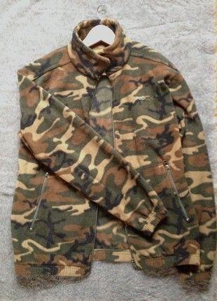 af6cc1827824 À vendre sur  vintedfrance ! http   www.vinted.fr mode-hommes vestes ...