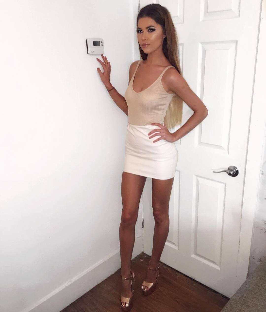 4bd534978 Tight Dress High Heels   Hot sexy mini skirt in 2019   Dresses ...