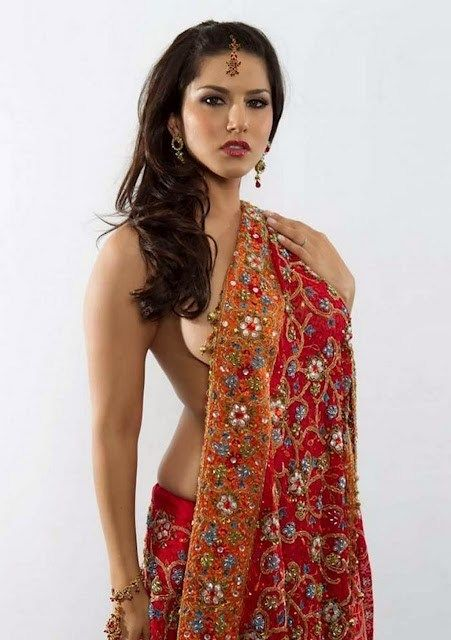Sunny Leone Original Without Bra And Clothes Photos