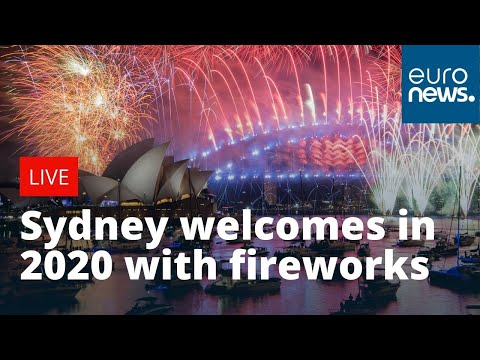 Danny Shook Video Happy New Year Australia Sydney Welcomes In 2020 With Celebratory Fire Happy New Year Message New Year Wishes Funny Funny New Year Messages