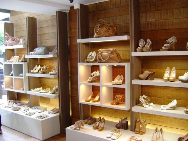 6b4ce1fd9 projeto loja de sapato - Pesquisa Google Boutique De Sapatos, Decoração  Boutique, Estantes Comerciais