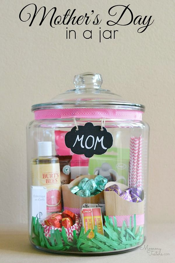 Pamper mom on mother 39 s day with this cute spa kit diy for Christmas gift ideas for mom from daughter