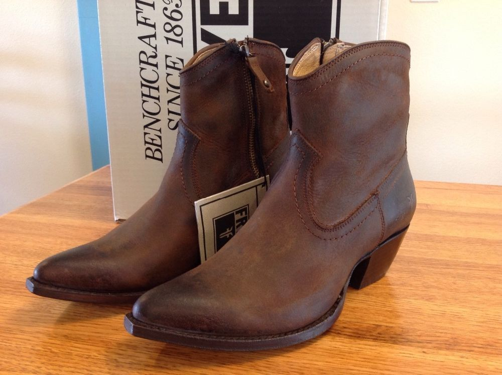 24c10ca2226 New in Box FRYE Sacha Short Ankle Boot 8.5 Dark Brown Cowboy Retail ...