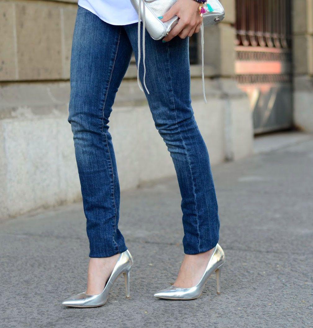 Белые туфли на каблуке под джинсы фото купить