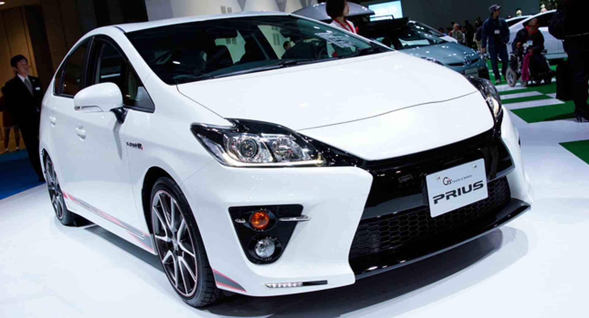 new car 2016 toyota2016 Toyota Prius Design One of the most popular hybrid cars from