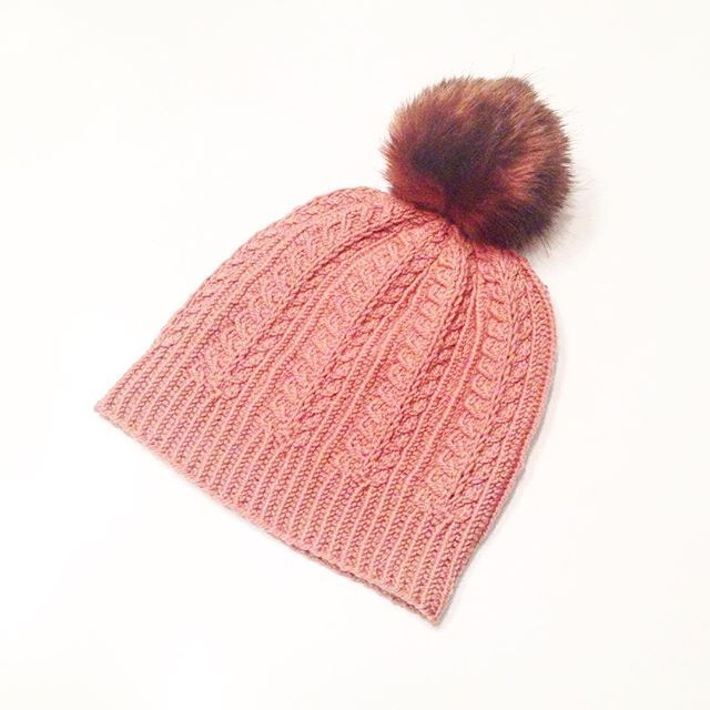 b66b8a86e53 This beautiful hat gives us the warm fuzzies. Knitted and photographed by  Instagram user