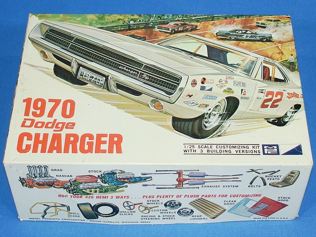 Vintage MPC 1970 Dodge Charger Mopar 1/25 Scale Plastic Model Car ...