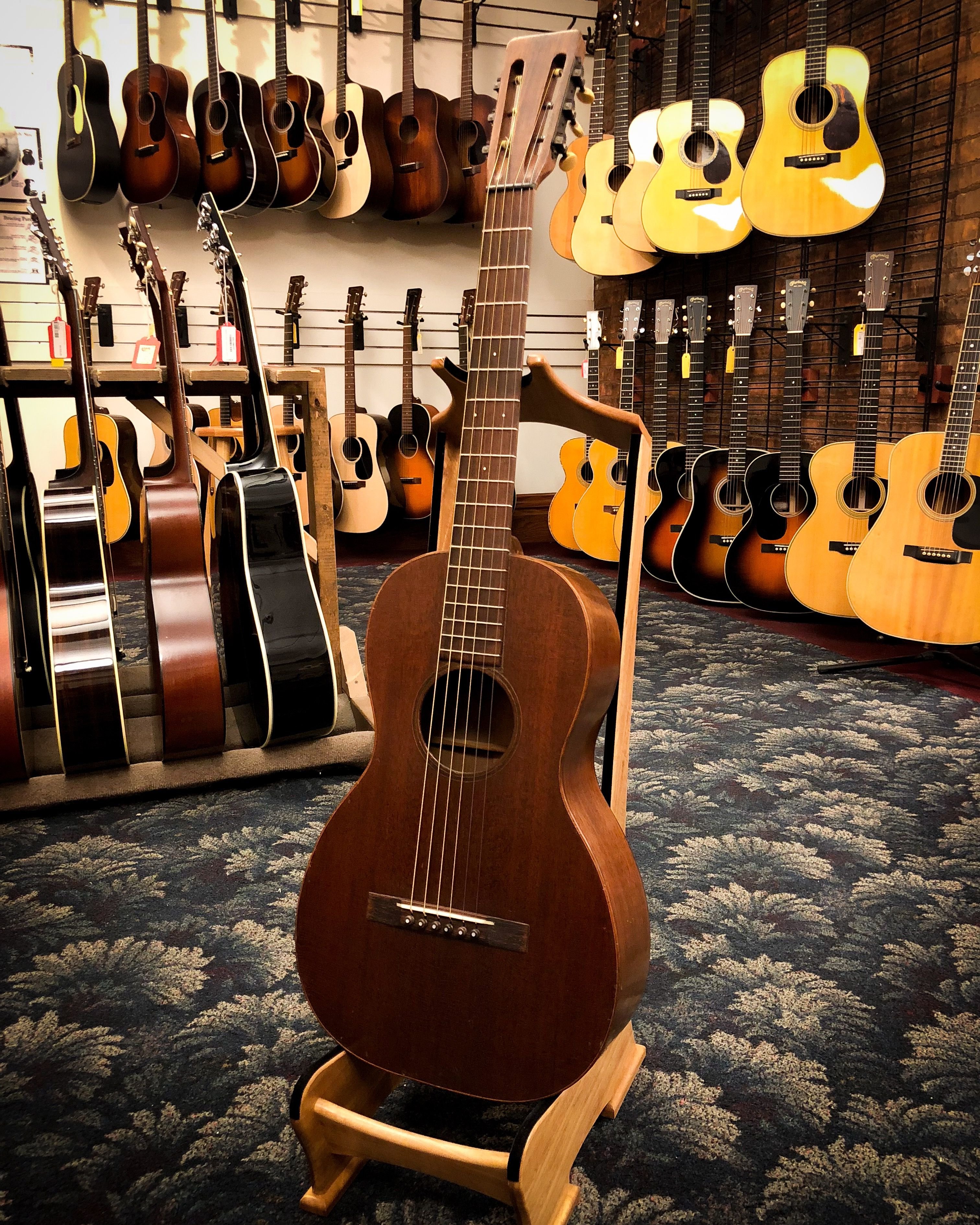 A Nice Sounding Small Body Guitar This Martin 2 17 Features An All