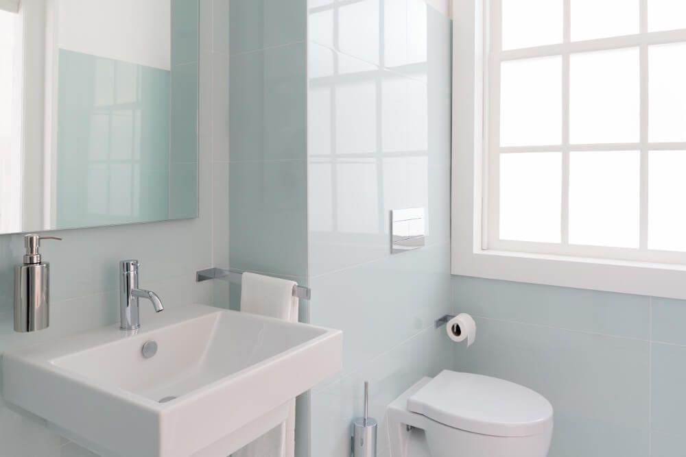 Small Bathroom Decorating Ideas 1052 Pinterest Bathroom, Small