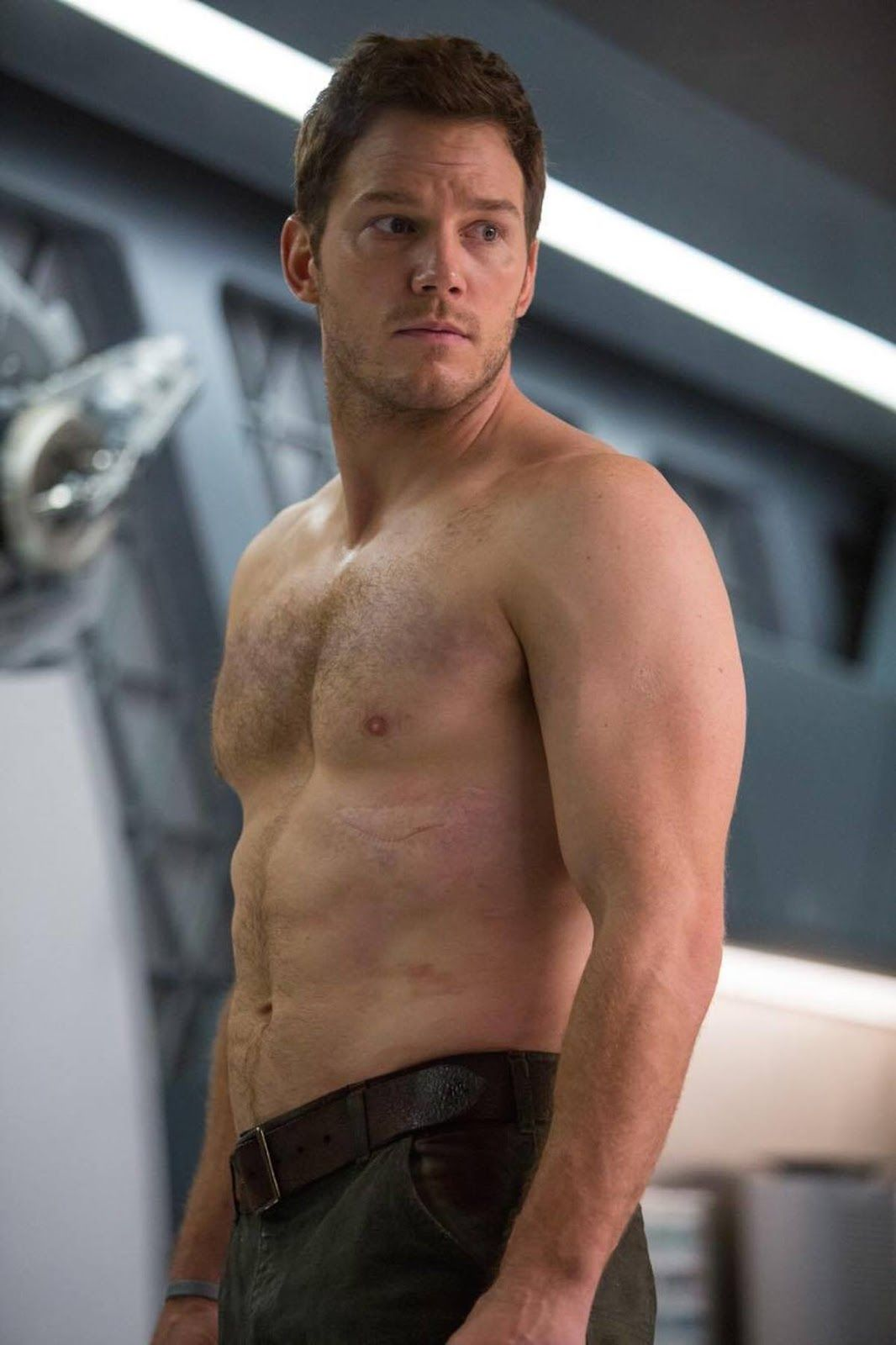 Chris Pratt Shirtless Guardians Jpg 1 066 1 600 Pixels Chris Pratt Shirtless Chris Pratt Chris Pratt Passengers