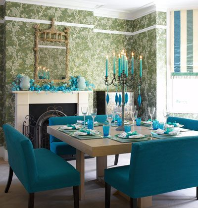Modern Oriental A Chinoiserie Inspired Wallpaper Is The Starting Point For This Vibrant Scheme Turquoise Home Decor Square Dining Tables Turquoise Dining Room
