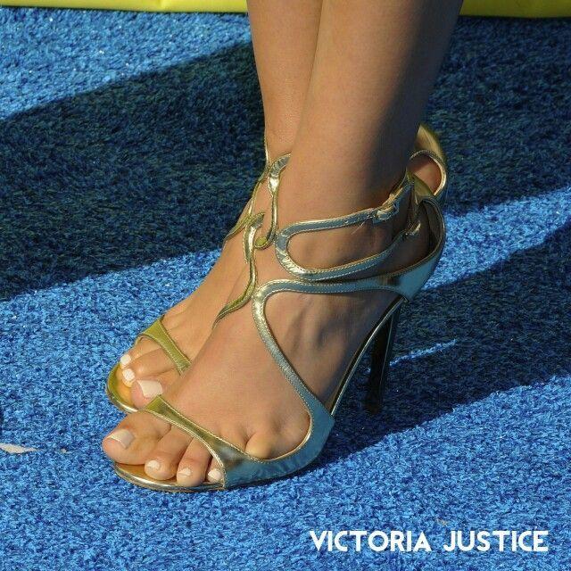 Hottest Feet Victoria Justice Caged Heels Work Sandals