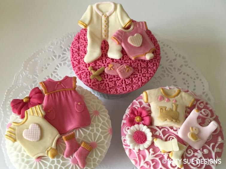 Katy Sue Designs Baby Clothes Washing Line Mold Cupcakes