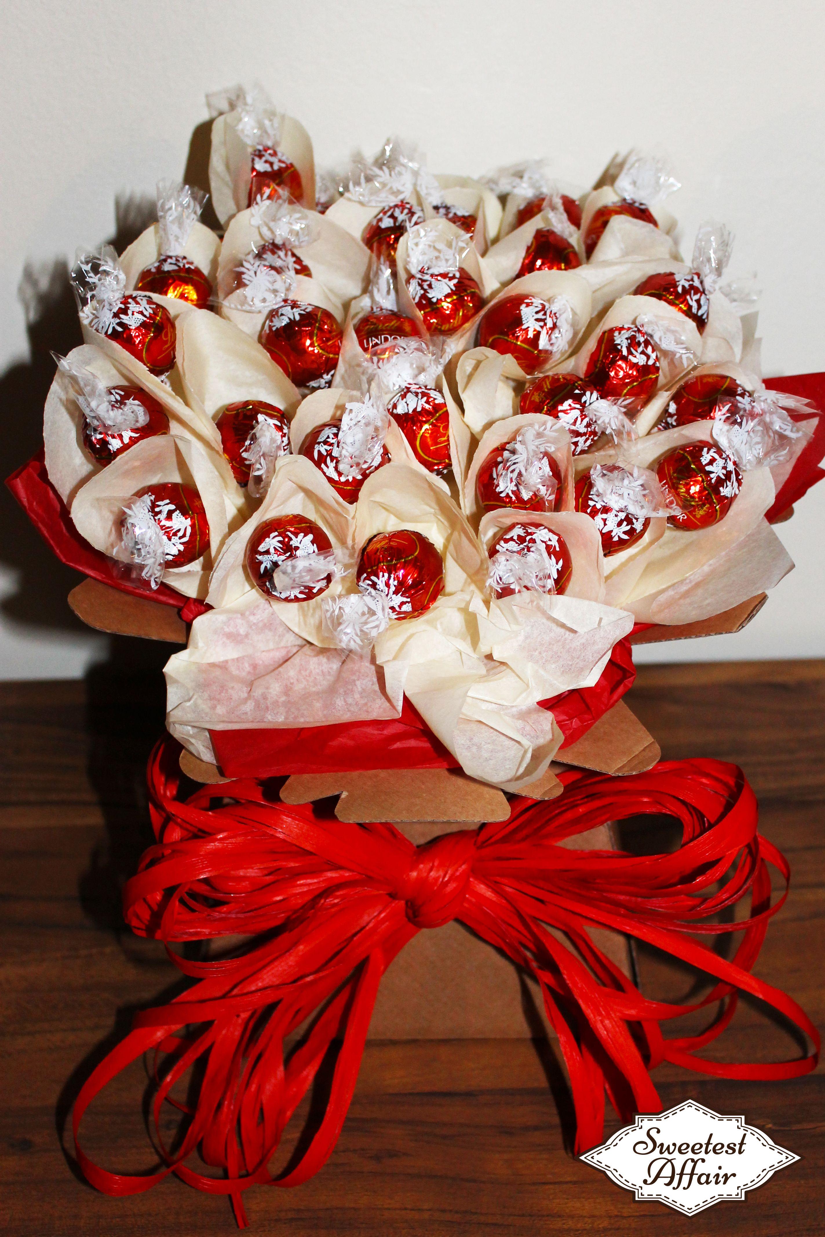 Chocolate bouquet on pinterest candy flowers bouquet of chocolate - Lindt Red Lindor Chocolate Truffle Sweet Bouquet Http Www Ebay Co