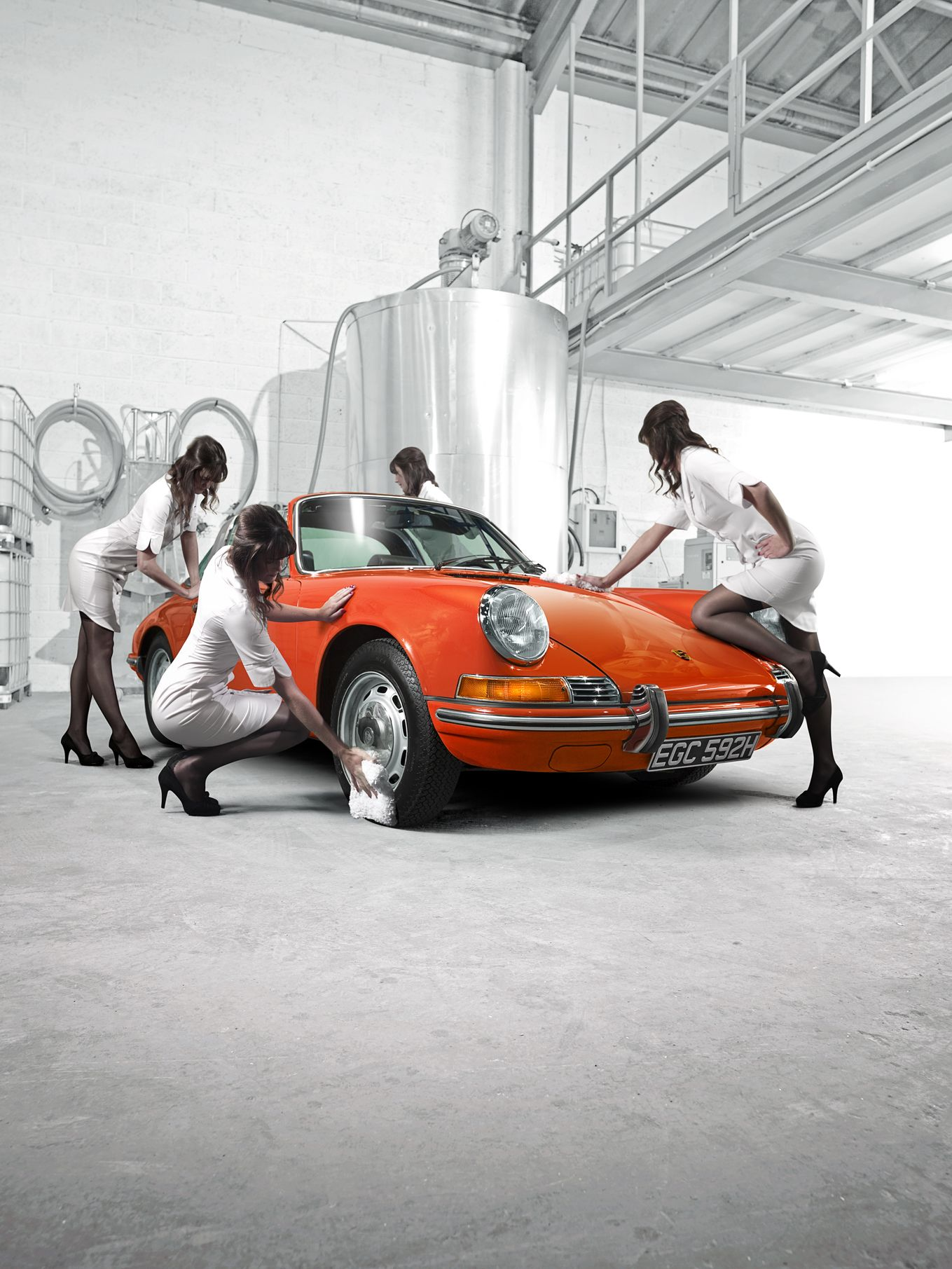 porsche car wash be special drive classic cars. Black Bedroom Furniture Sets. Home Design Ideas