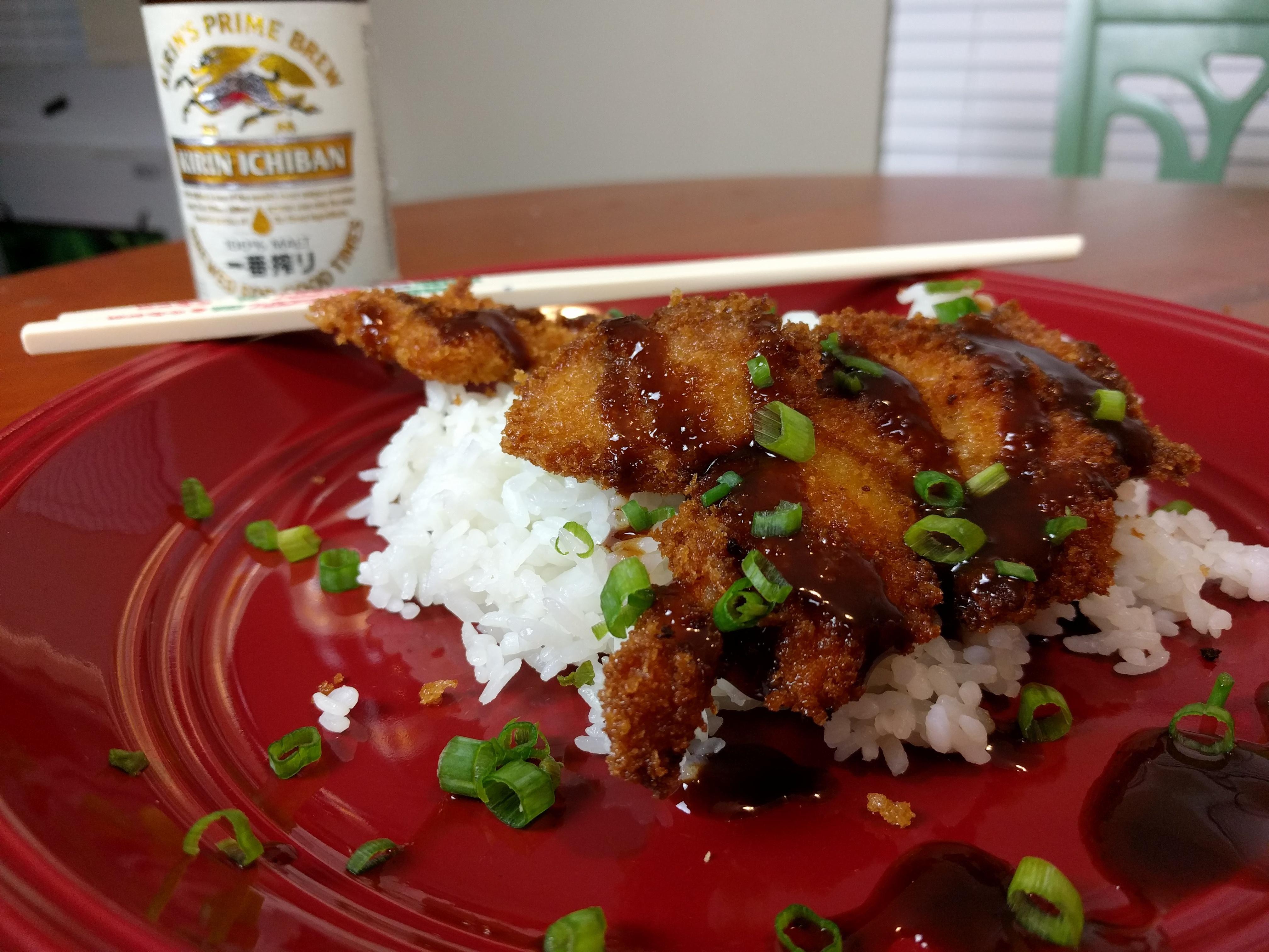 Homemade] Chicken Katsu with Tonkatsu Sauce and Kirin Ichiban ...