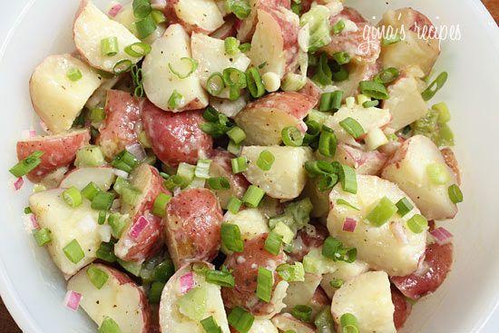 red potato salad. looooooooooove potato salad.