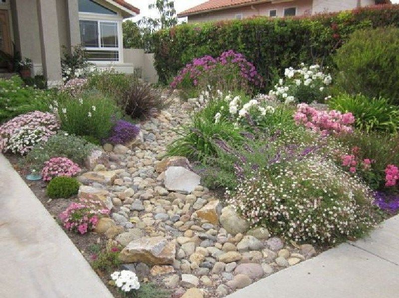 50+ Fabulous Xeriscape Front Yard Design Ideas And Pictures