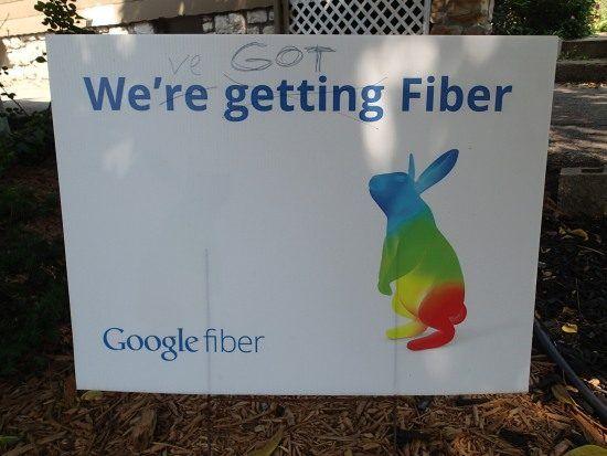 Meanwhile in the rest of the world... Postcards from Kansas: Google Fiber lessons for Australia's NBN Neerav Bhatt