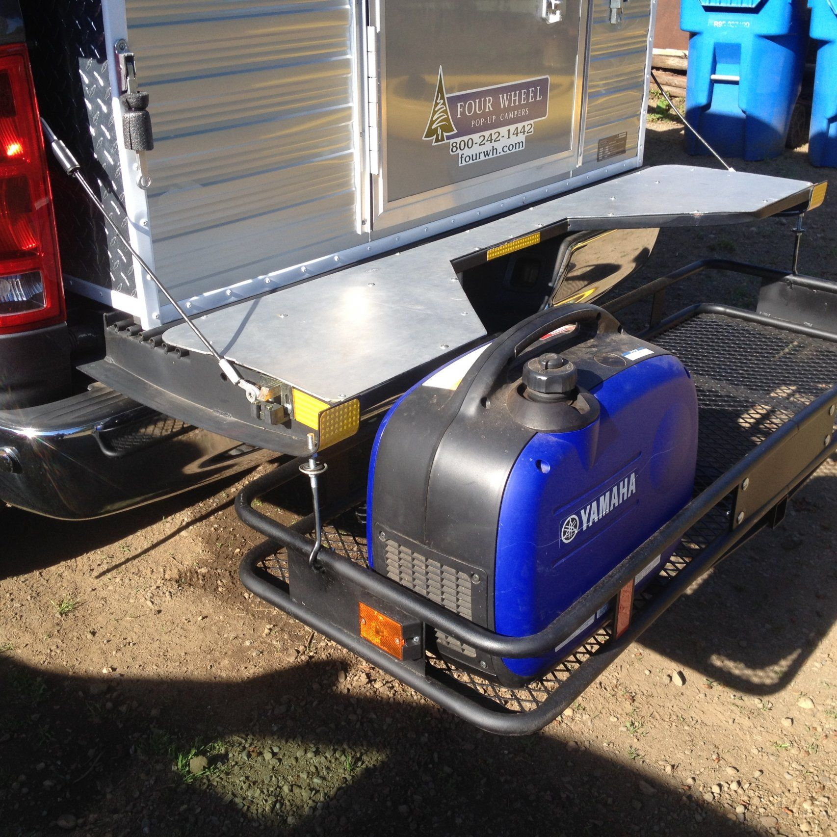 Ensworth s fifth wheel tailgate with hitch mounted cargo rack and