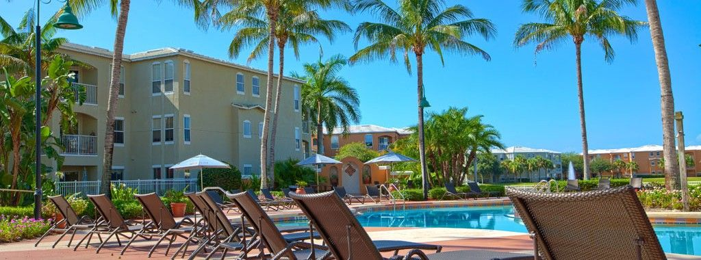 Tgm Bermuda Island Apartments Naples Fl Community Pool