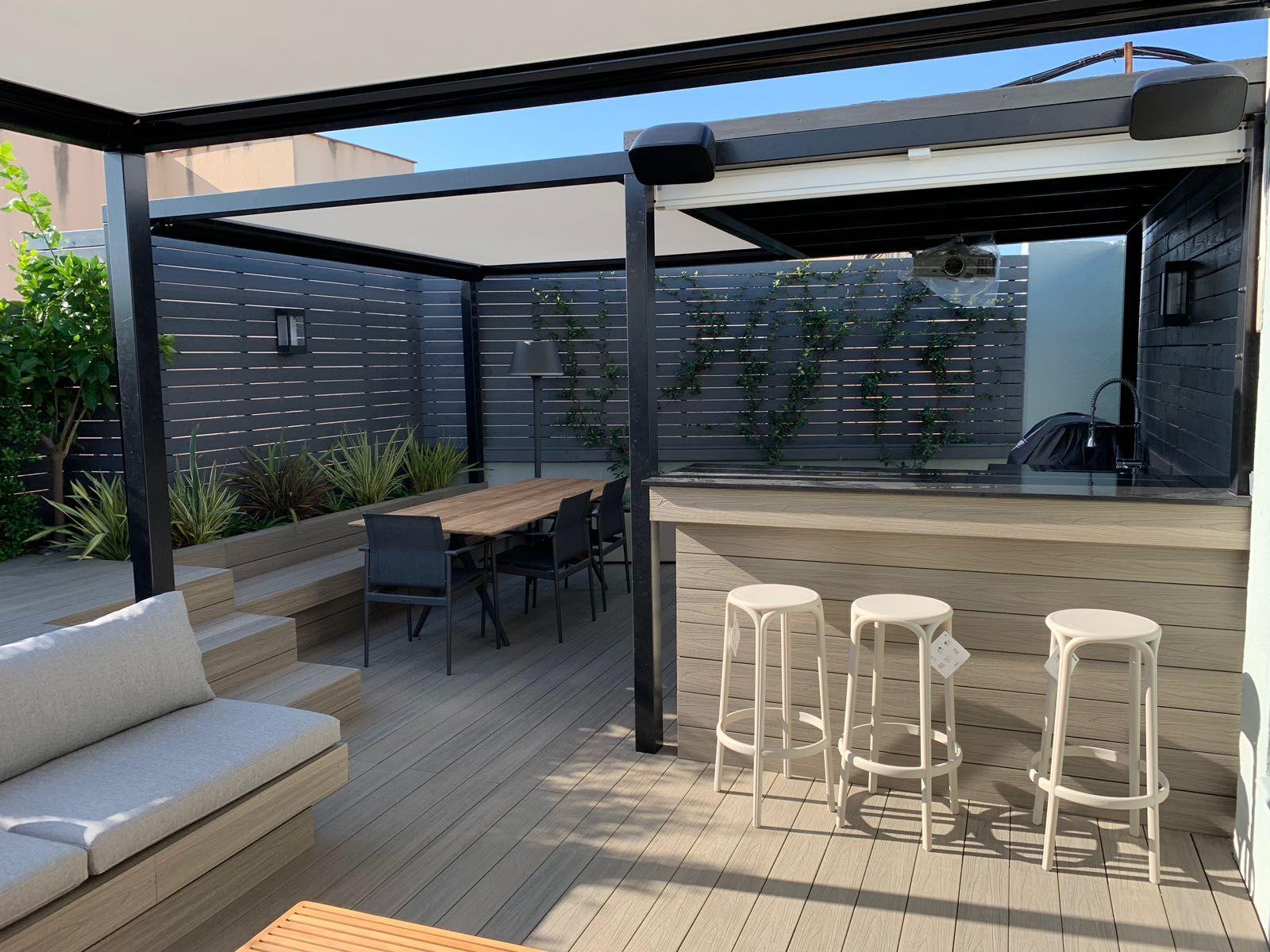 Proyecto En Una Terraza De Barcelona Diseno De Terraza Sala De Exterior Jardines Verticales