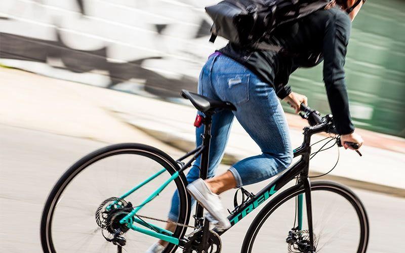 Best Hybrid Bikes Under 500 Hybrid Bike Bike Cool Bike Accessories