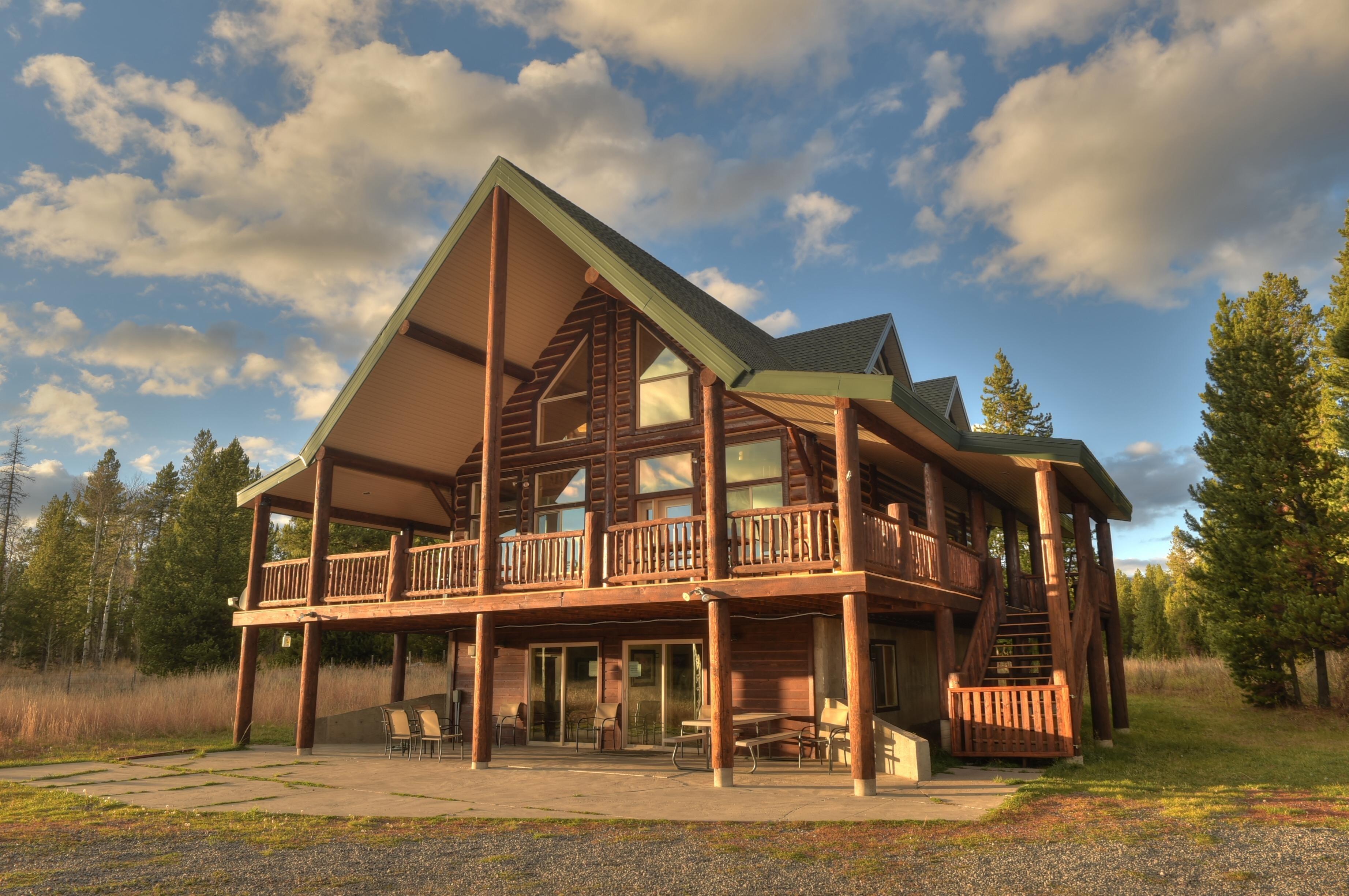 Outland Meadows Island Park Yellowstone Cabin Yellowstone Cabins Yellowstone Cabin Rentals Island Park