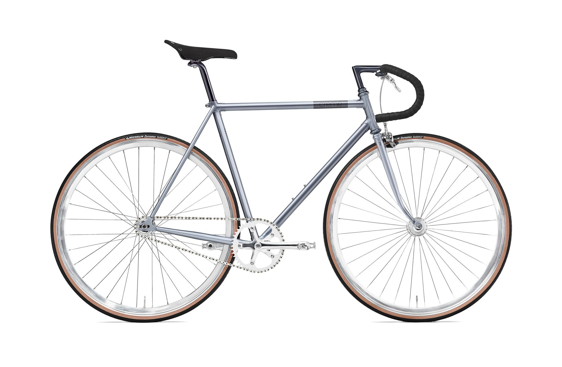 The Vinyl Solo is built around a steel frame and fork with