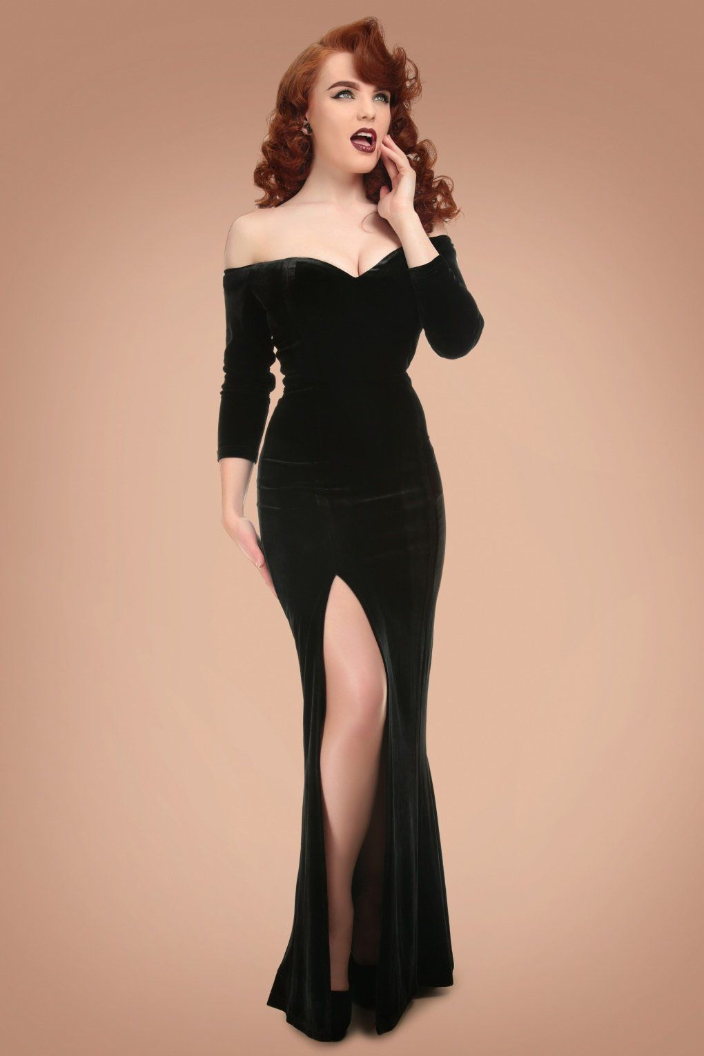 8f0a8568676b 1950s Prom Dresses   Party Dresses 50s Anjelica Velvet Maxi Dress in Black  £64.23 AT vintagedancer.com
