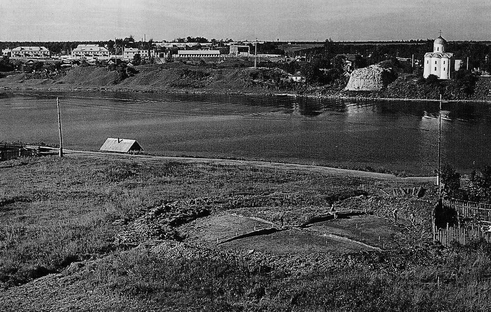 Возможное место захоронения Рюрика в урочище Плакун