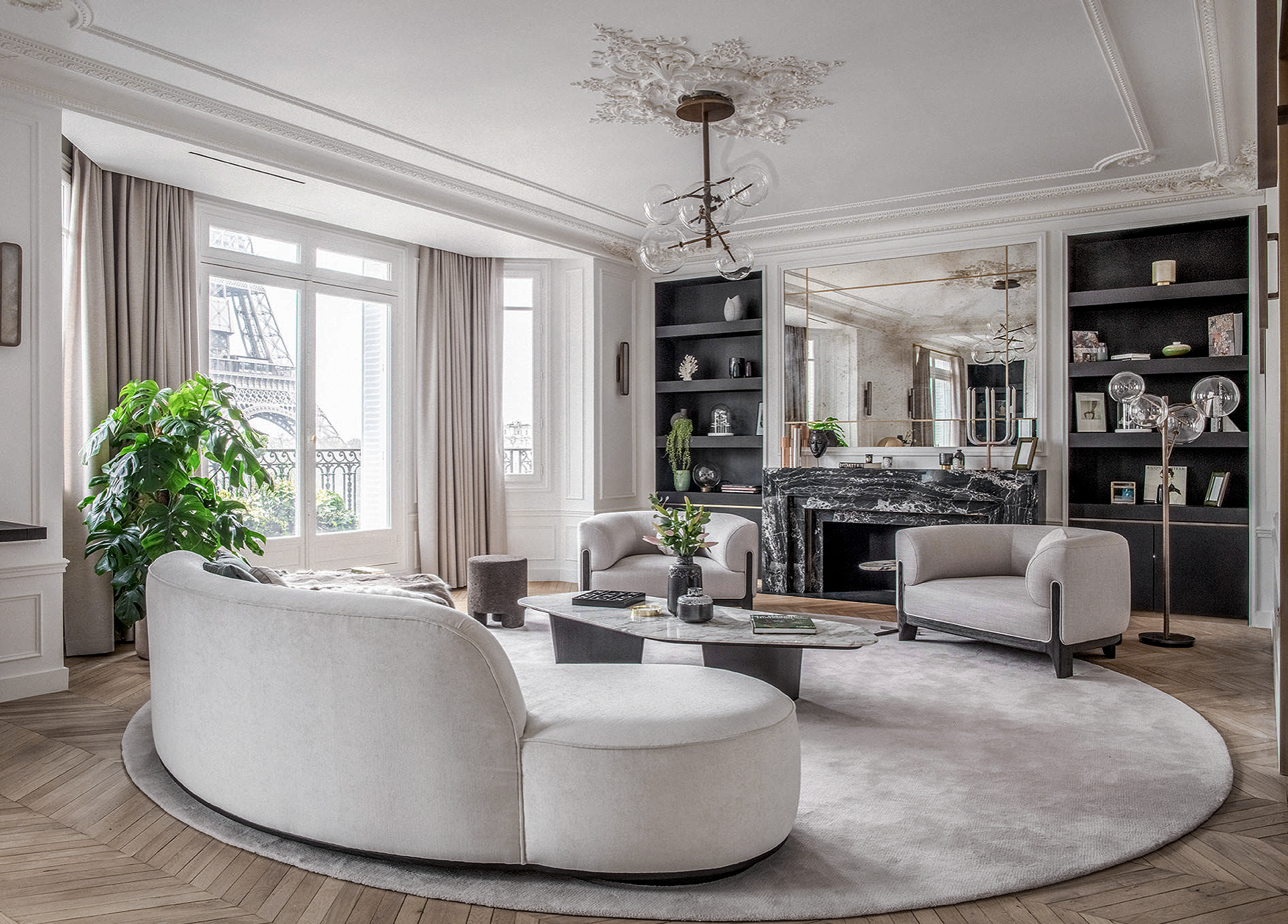 Gorgeous Living Room Decor With Curved Sofa Elegant Glam Living