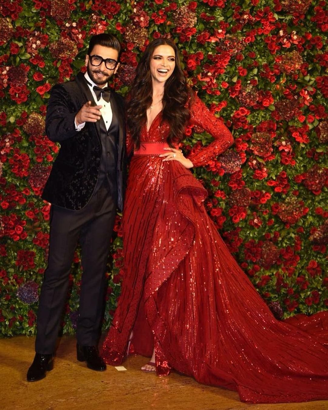 Pin By Haneen Haneen On Actors India Red Wedding Gowns Indian Reception Outfit Reception Dress