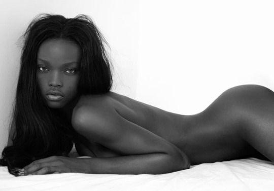 Ebony babes poses pics — pic 4