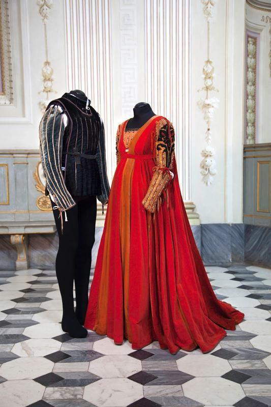 Zeffirelli S Romeo E Giulietta Costumes 1968 Capolavori Di Design E Sartoria In Mostra Romeo And Juliet Costumes Renaissance Fair Costume Romeo And Juliet