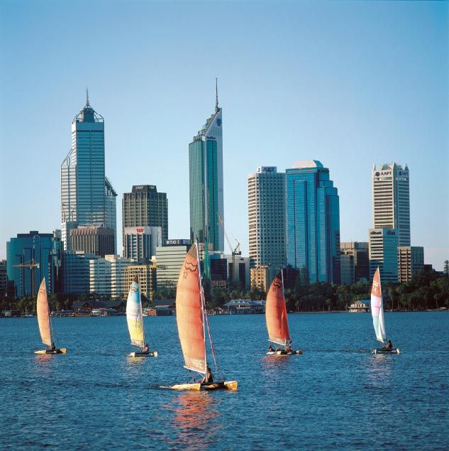 Travel In Perth: Perth WA And Cats On Swan River