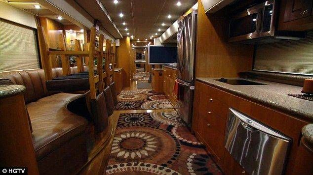 Inside Celebrity Tour Buses Celebrity Houses Famous Interior