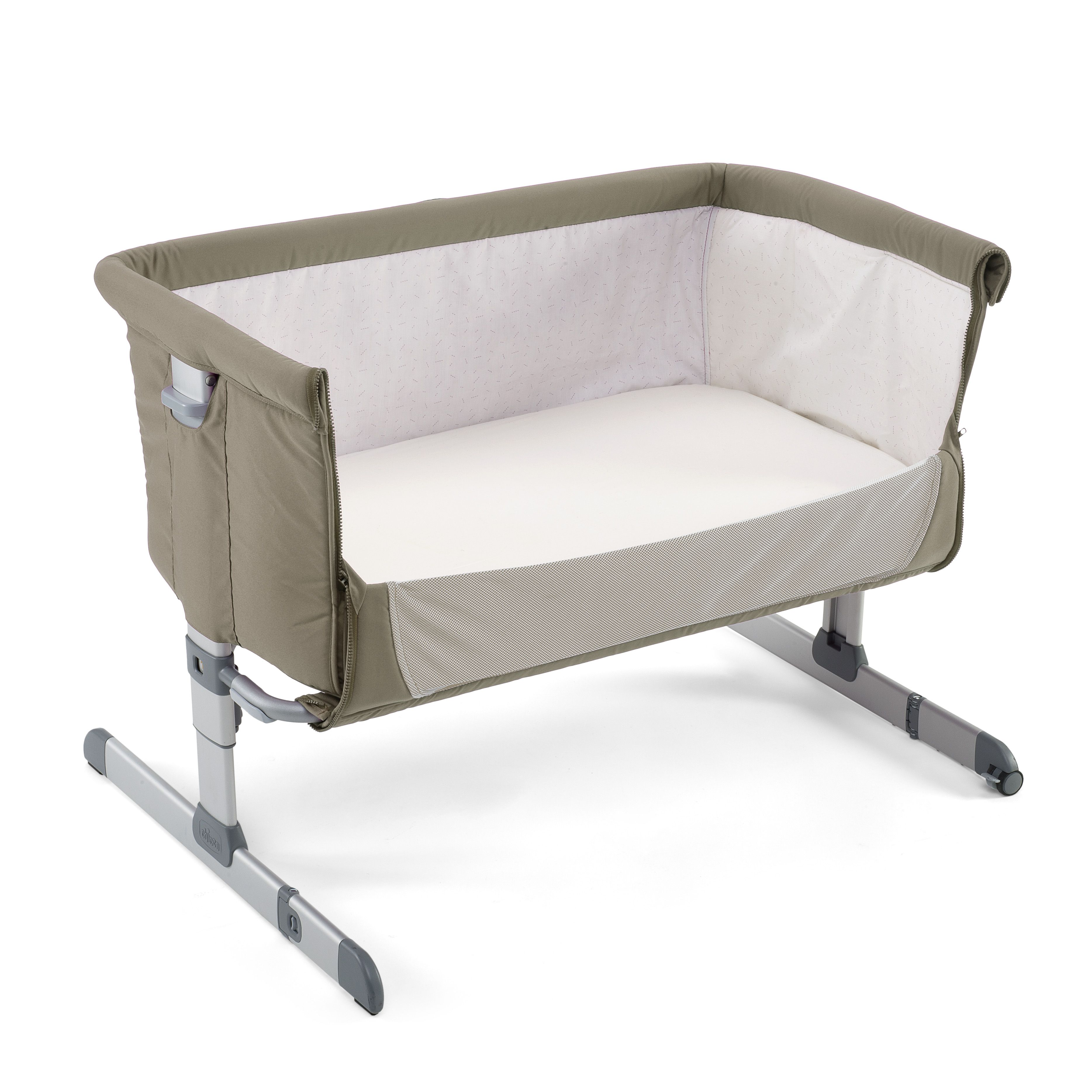 Baby bed for parents bed - Chicco Next 2 Me Co Sleeping Bedside Crib